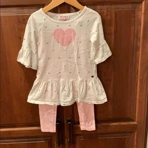 Girls adorable 4T Juicy Couture outfit